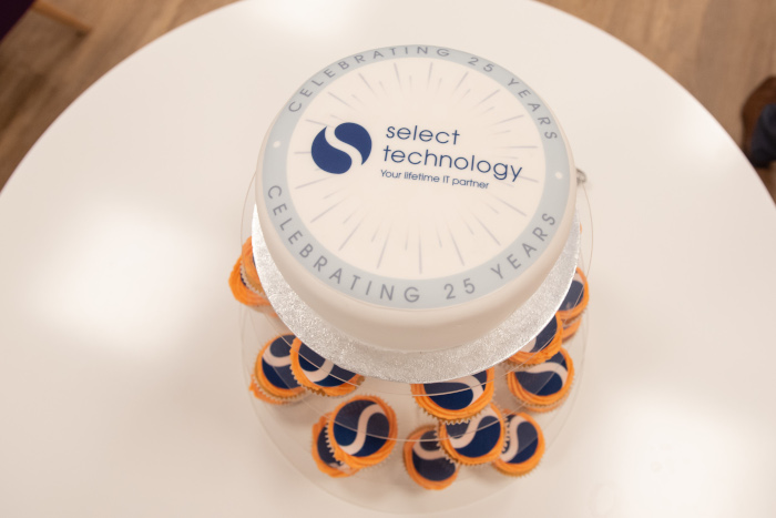 Select Technology 25 years cake
